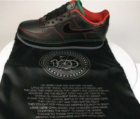 nike-air-force-1-2009-black-history-month-1