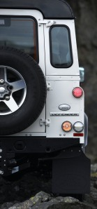 Land-Rover-Defender-Ice_08